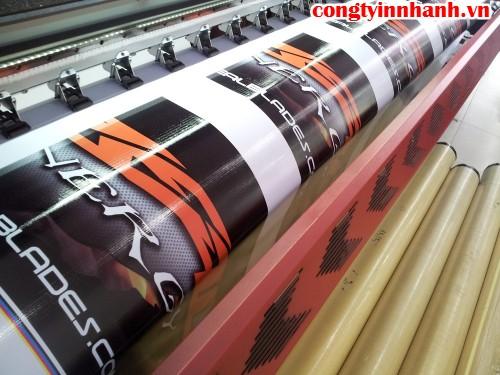 In banner quảng cáo ngoài trời số lượng lớn với hiflex - thực hiện In Kỹ Thuật Số